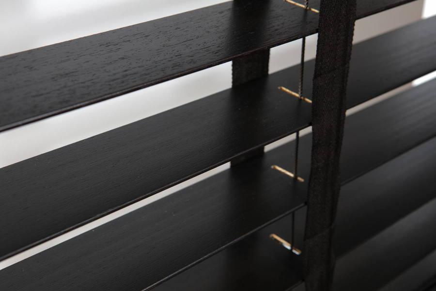 Medinės žaliuzės 70 mm | RollHouse
